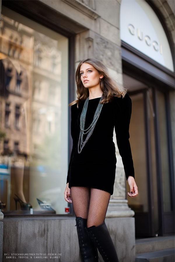 Biến hoá 1 chiếc váy đen theo 4 hoàn cảnh cho mùa Thu/Đông 6