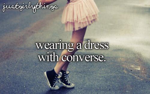 Chút phá cách với Converse và váy ngắn - 1