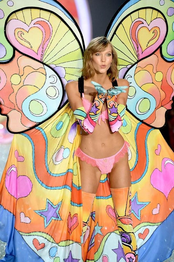 """Chỉ mặt 14 bộ cánh """"kinh dị"""" nhất Victoria's Secret Show năm nay"""