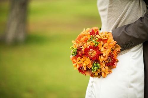Chọn hoa tone ấm áp cho đám cưới mùa lạnh 2