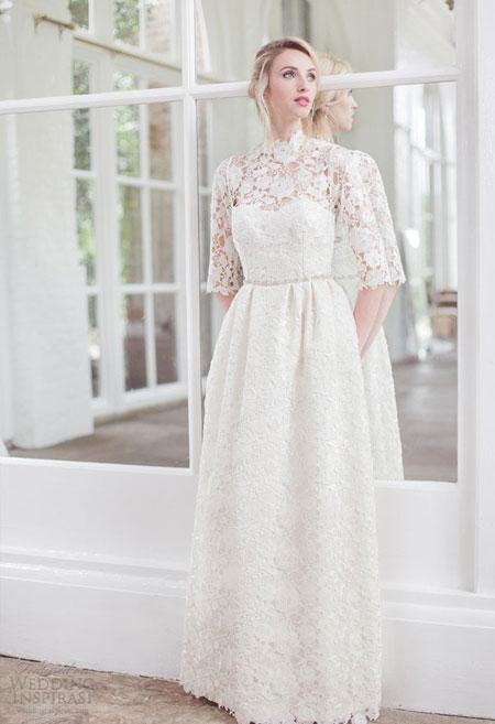 Váy ren nổi bắt mắt của Clinton Lotter