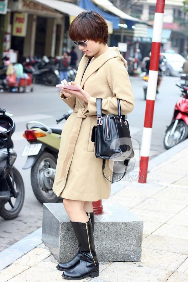Phái đẹp Hà thành xúng xính áo khoác cho street style ngày lạnh 1