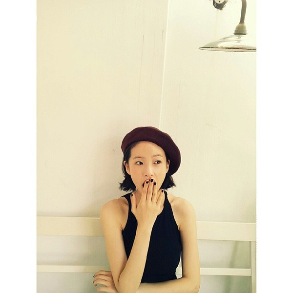 """Guu thời trang cá tính của Yoo Ji Ah - người yêu """"công tử Young Do"""" - The Heirs"""