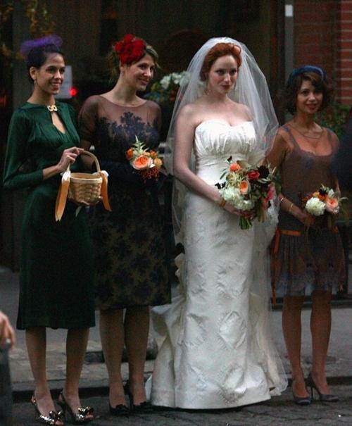 7 gợi ý váy phù dâu thời trang và nhã nhặn 4