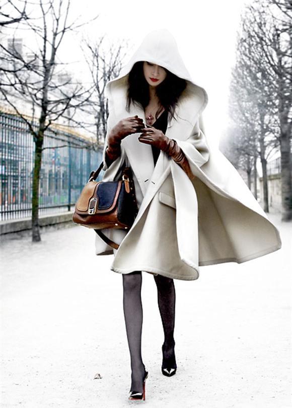 Nổi bật trong mùa đông với áo khoác statement