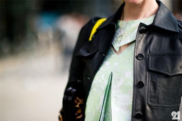 Gợi ý 4 phong cách vừa thanh lịch, vừa cá tính cùng áo da 10
