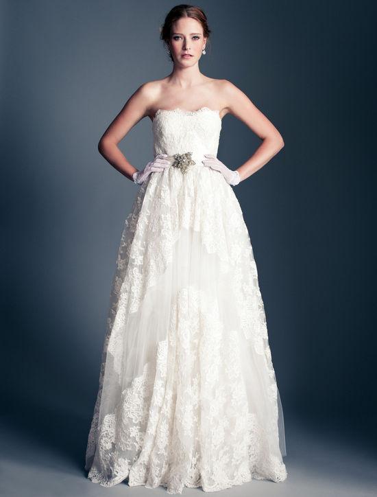 Xu hướng váy cưới Thu 2013
