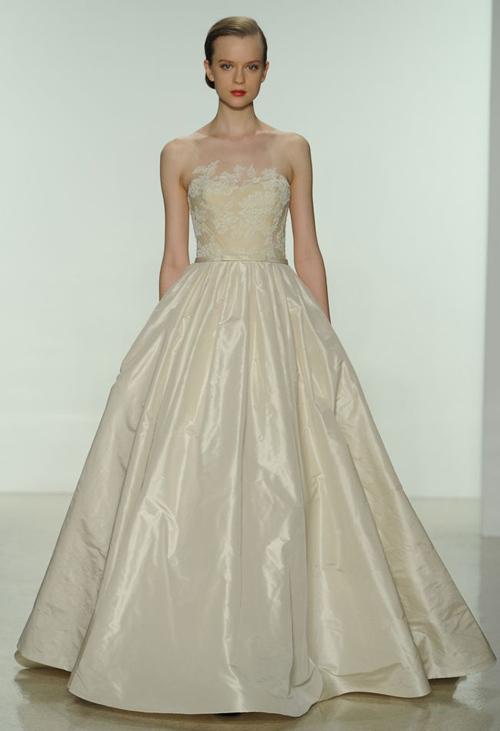 11 mẫu váy cưới thanh lịch khó lỗi mốt - 4