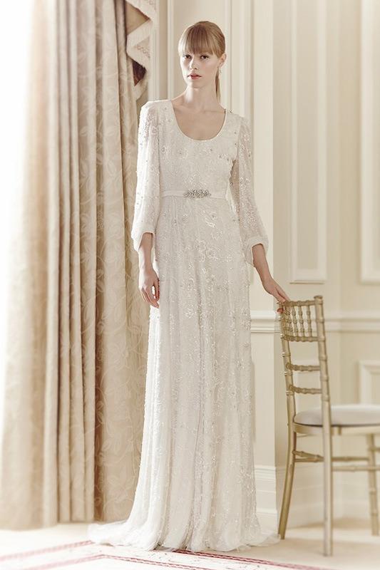 Xu hướng váy cưới dài tay cho mùa đông lạnh giá 23