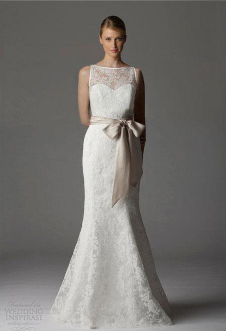 Váy cưới dáng chữ A cách điệu