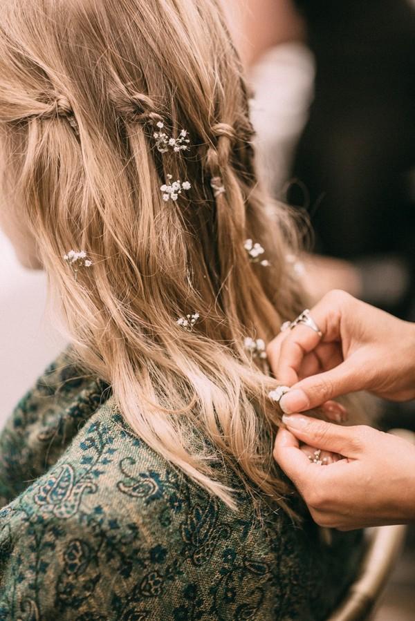 Phụ diện đẹp & lạ cho mái tóc giúp cô dâu thêm lộng lẫy 9