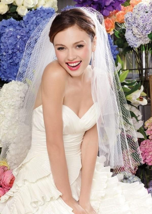 Váy cưới - Nên mua hay nên may? 6
