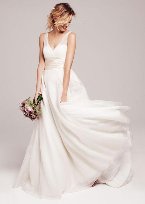 10 mẫu váy cưới đẹp cho nàng bầu - 4