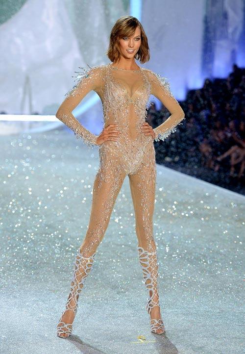 Áo ngực triệu đô tỏa sáng Victoria's Secret Show - 11