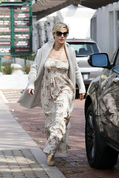 Diện váy maxi đẹp như mĩ nhân Hollywood