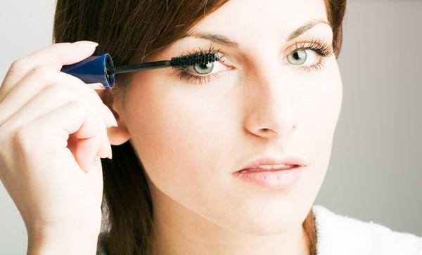 Bí quyết chọn đúng mascara cho từng dáng lông mi 4