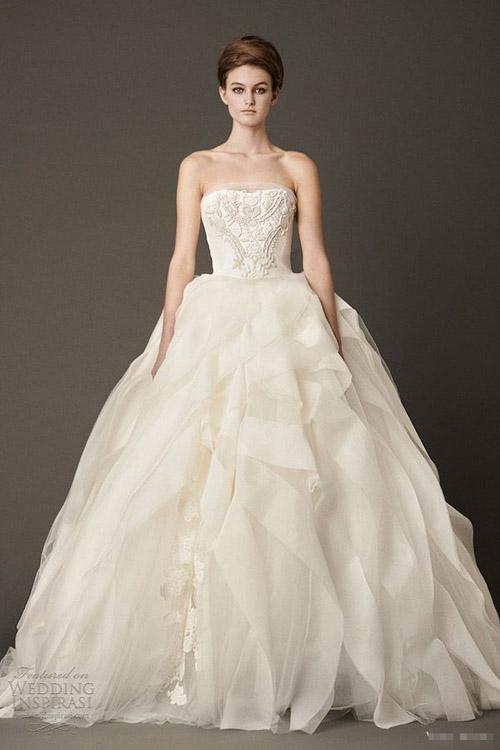 10 váy cưới lý tưởng cho nàng ngực nhỏ, eo to - 4
