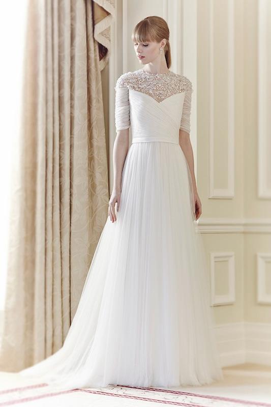 Xu hướng váy cưới dài tay cho mùa đông lạnh giá 24