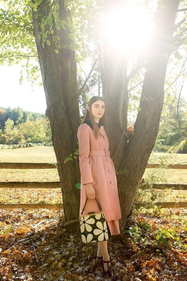6 chiếc áo khoác giúp phong cách của bạn mới lạ và hợp mốt 10
