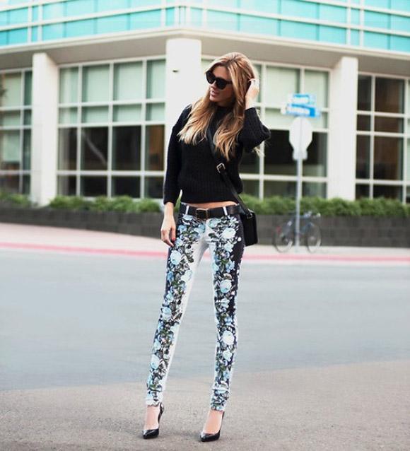 Mang chút nắng ấm vào đông lạnh với jeans họa tiết