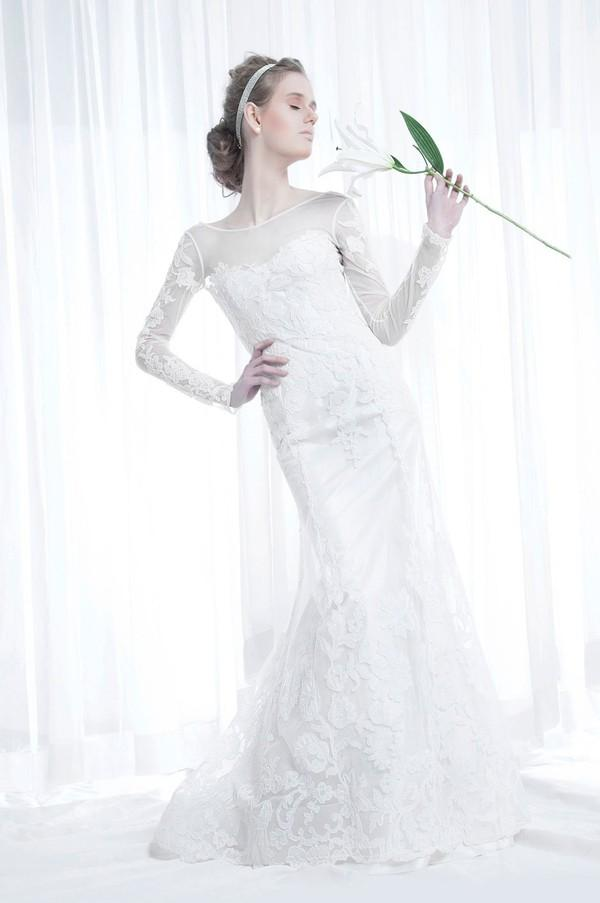 Xu hướng váy cưới dài tay cho mùa đông lạnh giá 25