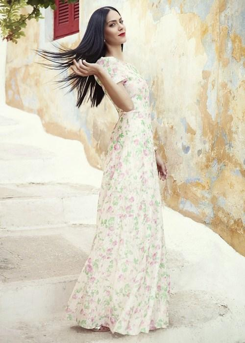 Chọn và mặc họa tiết hoa thật tinh tế