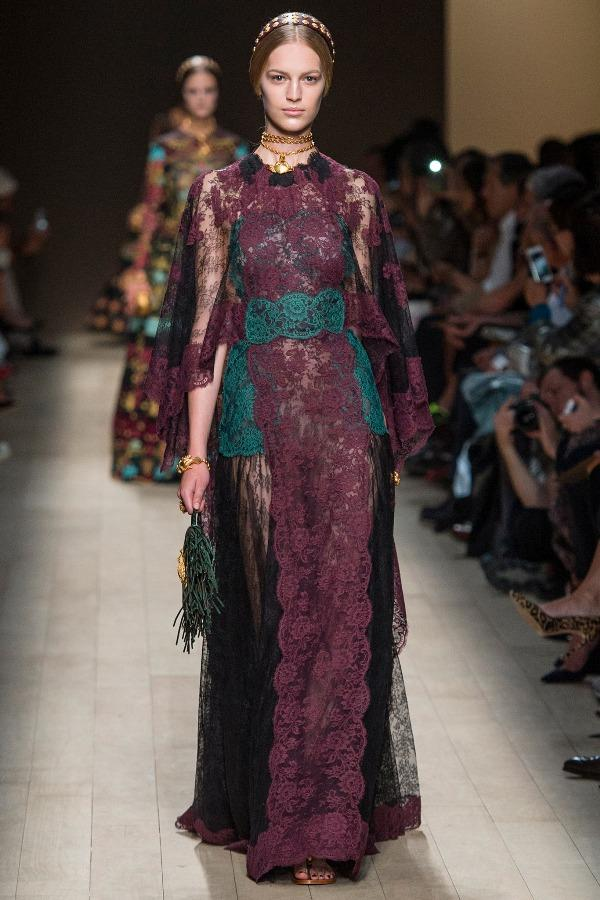 6 chiếc đầm nổi bật nhất tuần lễ thời trang Xuân - Hè 2014