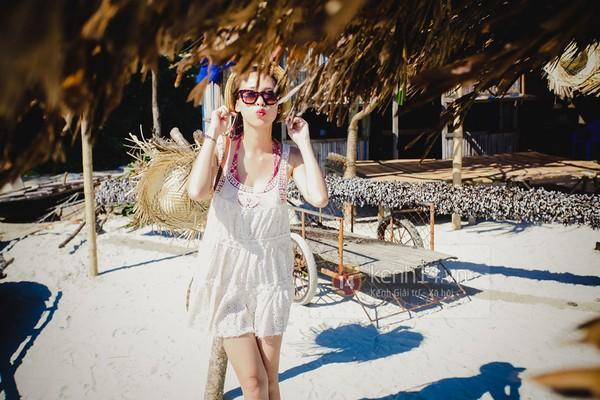 Biển xanh cát trắng & những bộ bikini đẹp lung linh 9