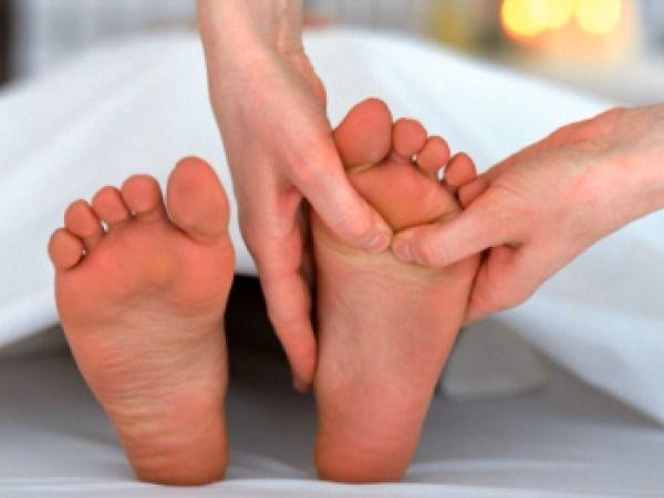 Giữ đôi chân mềm mại
