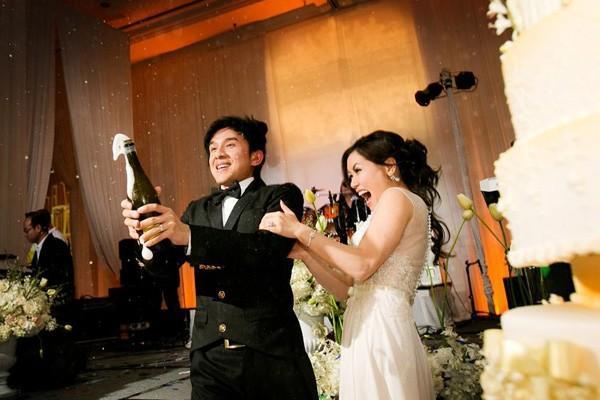 Ngắm trọn vẹn Guu đám cưới xa hoa 3 tỷ của ca sỹ Đan Trường