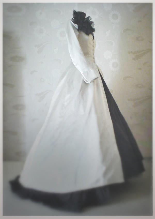 Ấm áp mà vẫn đẹp lộng lẫy với áo khoác cưới mùa đông 2013 13