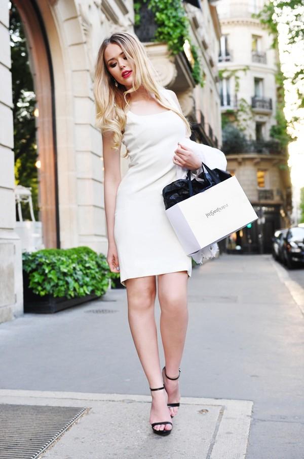 7 chiếc váy cơ bản bạn gái nên sẵn sàng trong tủ đồ 9