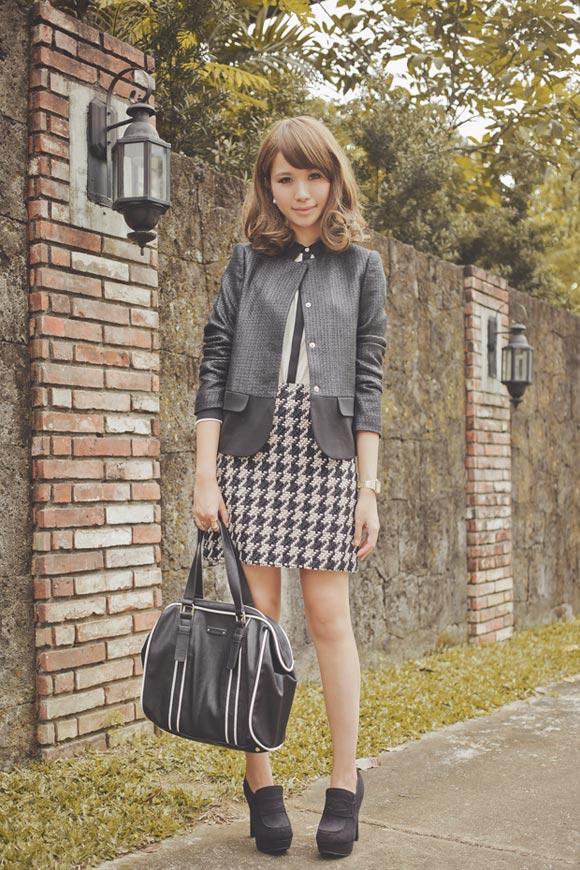 Mix đồ với váy họa tiết như 3 hot blogger Châu Á