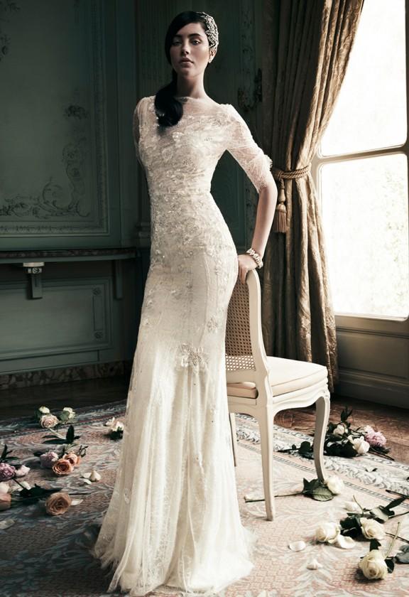 Xu hướng váy cưới dài tay cho mùa đông lạnh giá 16