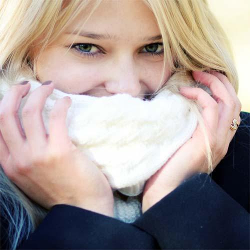 """7 cách dưỡng môi """"chuẩn"""" vào mùa đông"""