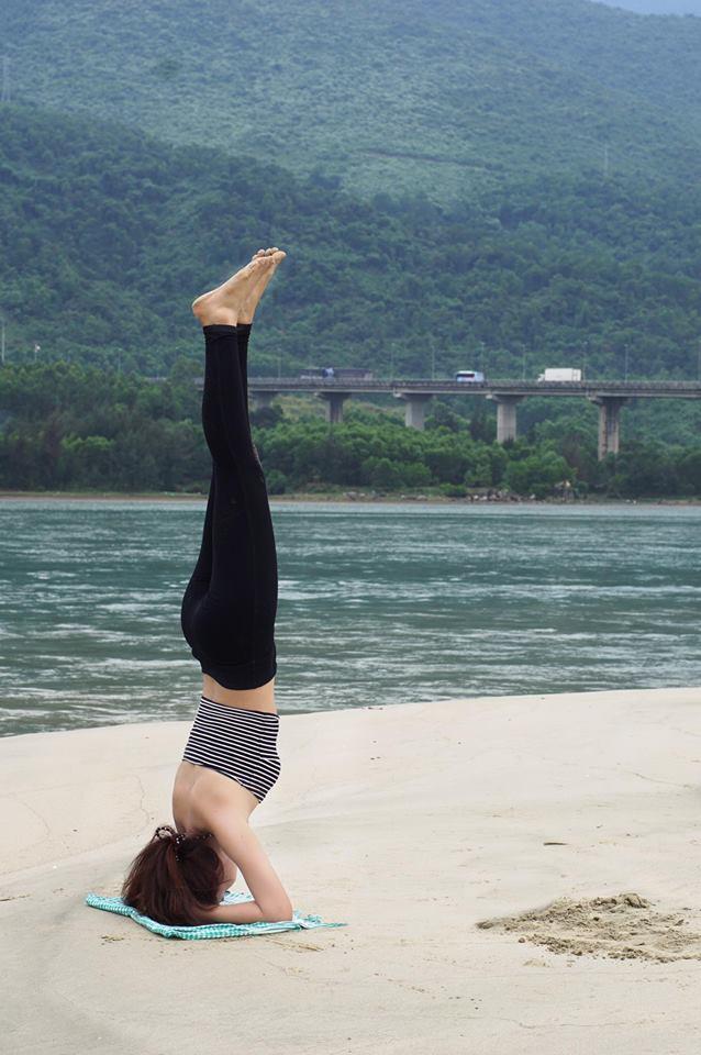 Tập Yoga tại tất cả mọi nơi mình đi qua - cô gái người Việt này đang truyền cảm hứng cho rất nhiều người! - Ảnh 24.