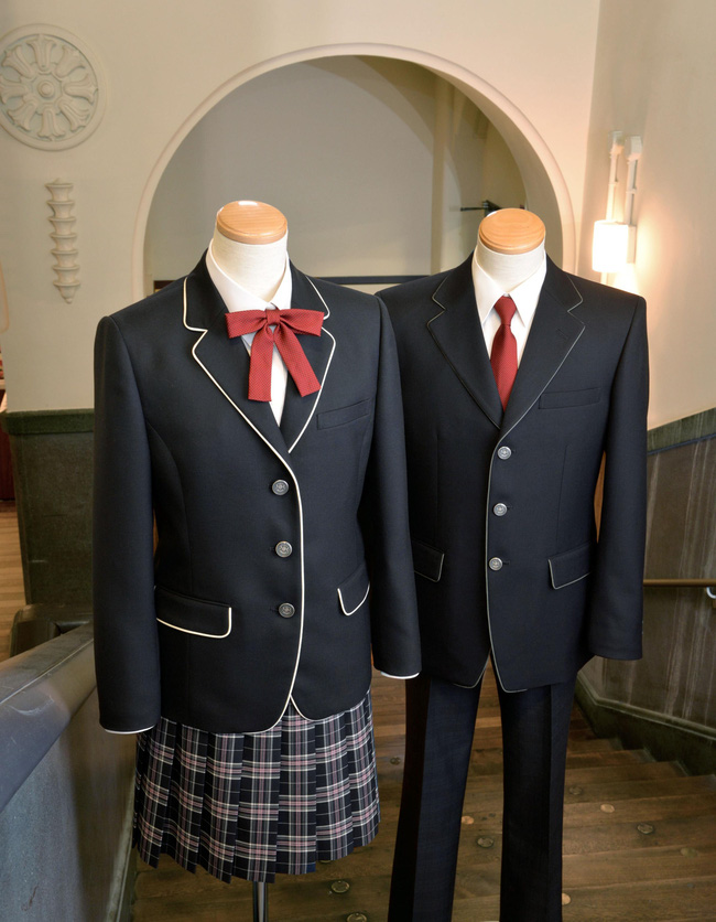 Giải mã sức hút vạn người mê từ phong cách thời trang của nam sinh Nhật