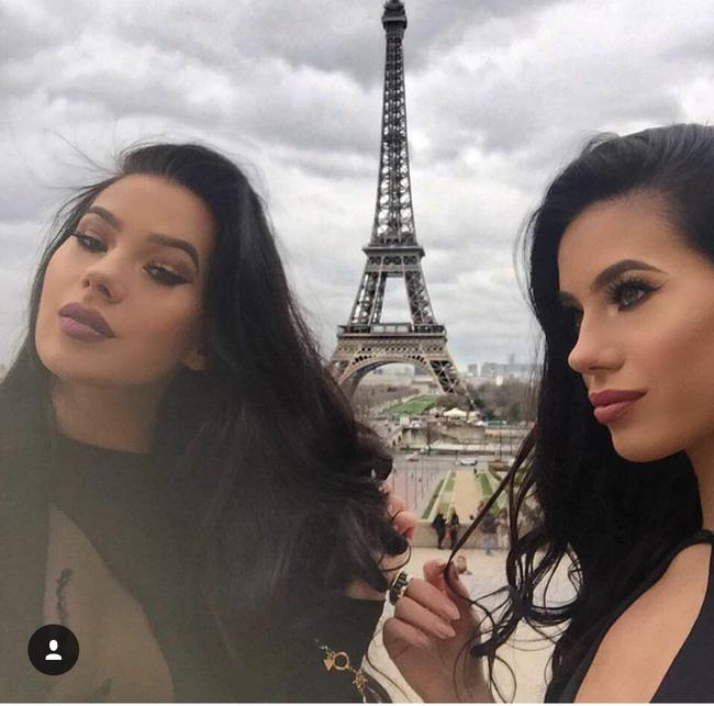 Cuộc sống hoàn hảo không tì vết của cặp chị em sinh đôi sexy nhất mạng xã hội - Ảnh 16.