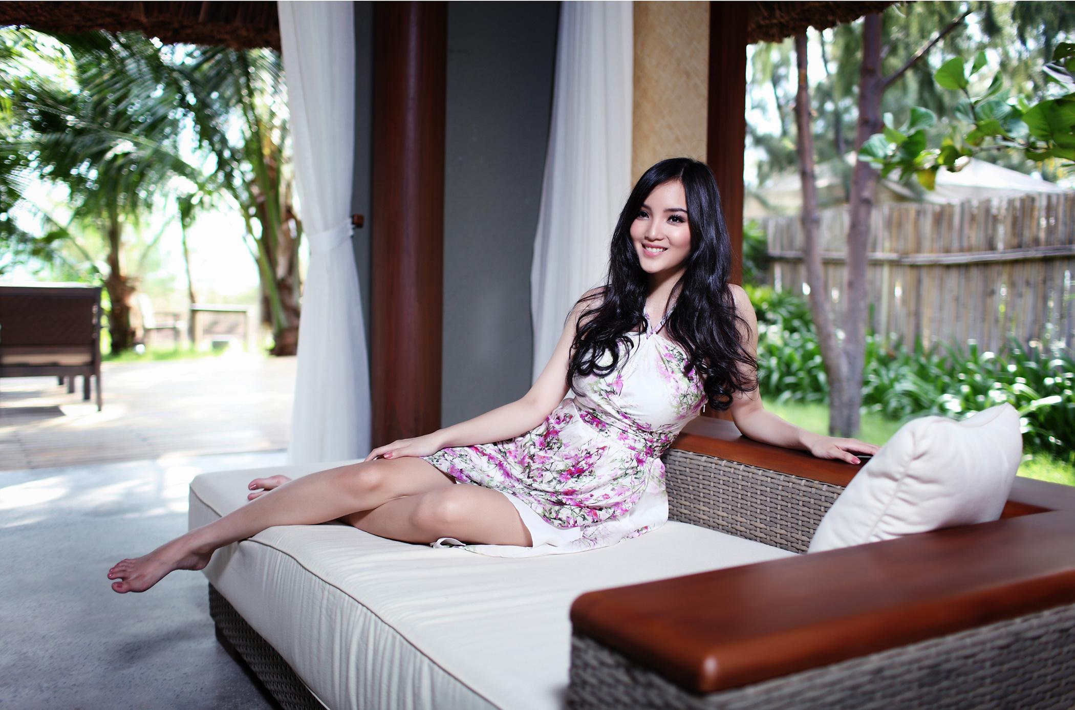 10 sao Việt là con nhà giàu