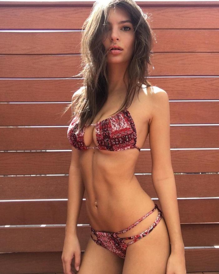 Chẳng phải thiên thần Victorias Secret nào, chính cô nàng nóng bỏng này mới là Nữ hoàng bikini của năm 2016 - Ảnh 2.