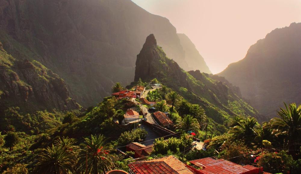 Tiên cảnh trên đỉnh núi của ngôi làng Maska ở Bồ Đào Nha