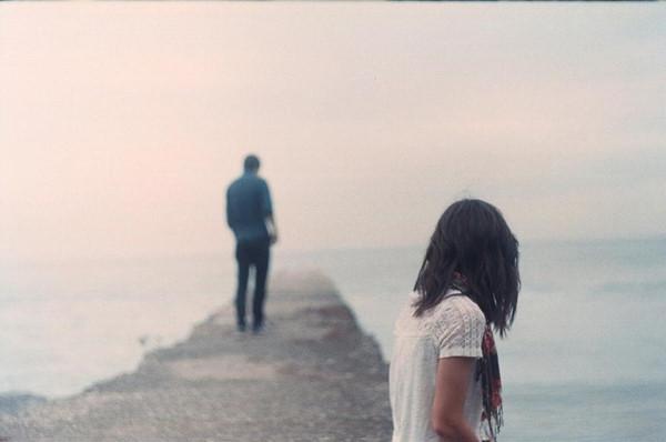Yêu nhau mà chẳng đến đâu thì thôi, ở một mình cũng ổn - Ảnh 2.