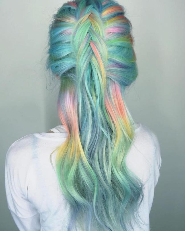 Dù bị bố mẹ mắng nhưng vẫn phải công nhận tóc nhuộm kiểu nàng tiên cá đẹp quá - Ảnh 11.