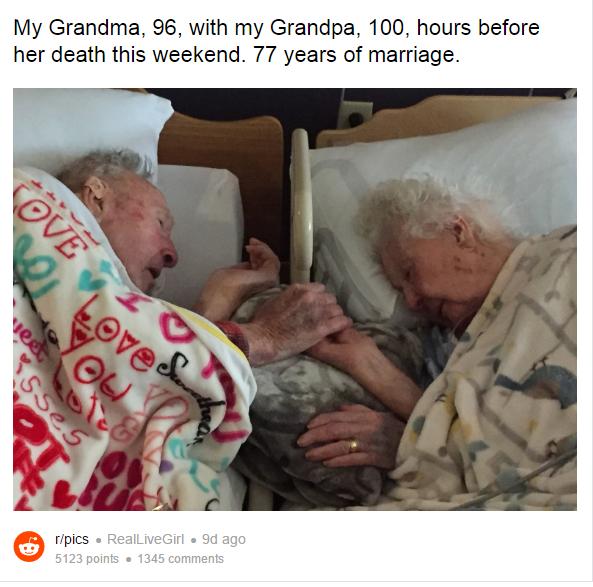 Bức ảnh cụ ông 100 tuổi nắm chặt tay vợ sắp mất sau 77 năm chung sống khiến bao người nghẹn ngào - Ảnh 1.