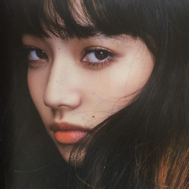 Danh tính và nhan sắc cực xinh của nàng mẫu Nhật đang quá hot vì nghi hẹn hò với G-Dragon (Big Bang) - Ảnh 1.