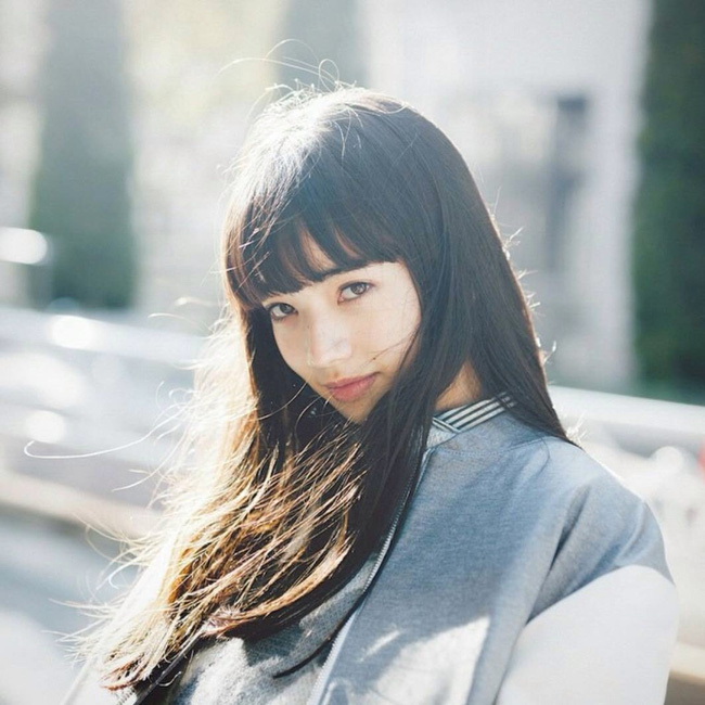 Danh tính và nhan sắc cực xinh của nàng mẫu Nhật đang quá hot vì nghi hẹn hò với G-Dragon (Big Bang) - Ảnh 3.