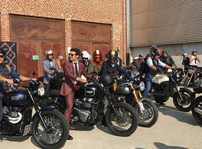 Mặc suit đi motor: Một phong cách vừa ngầu lại vừa lịch của các chàng - Ảnh 2.