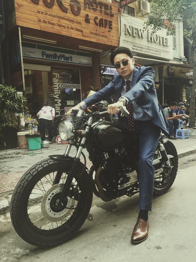 Mặc suit đi motor: Một phong cách vừa ngầu lại vừa lịch của các chàng - Ảnh 8.