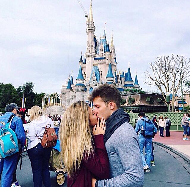 Kết quả hình ảnh cho couple travel tumblr