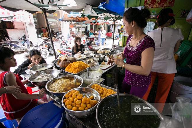 5 hàng xôi nổi tiếng mà nhất định bạn phải ăn thử nếu ở Sài Gòn - Ảnh 8.
